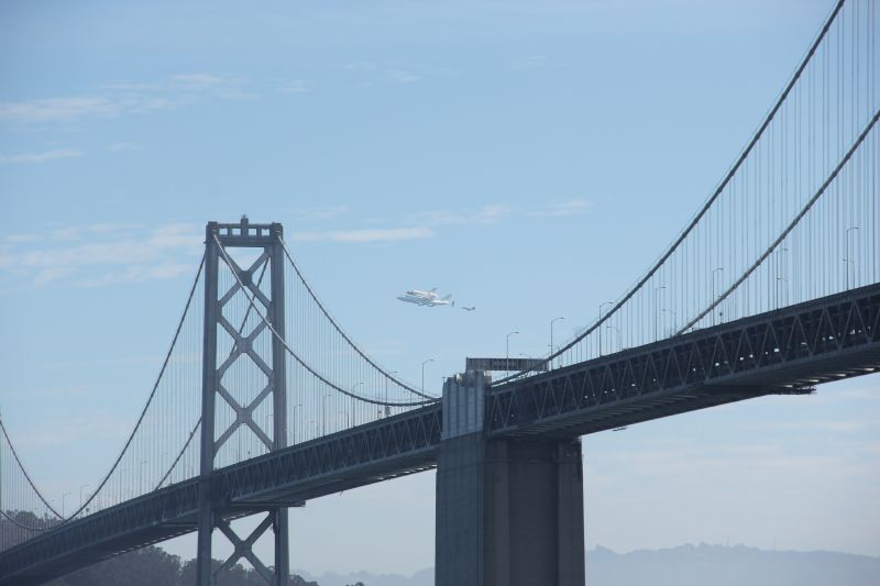 Space Shuttle Endeavour (OV105) over the Bay Bridge